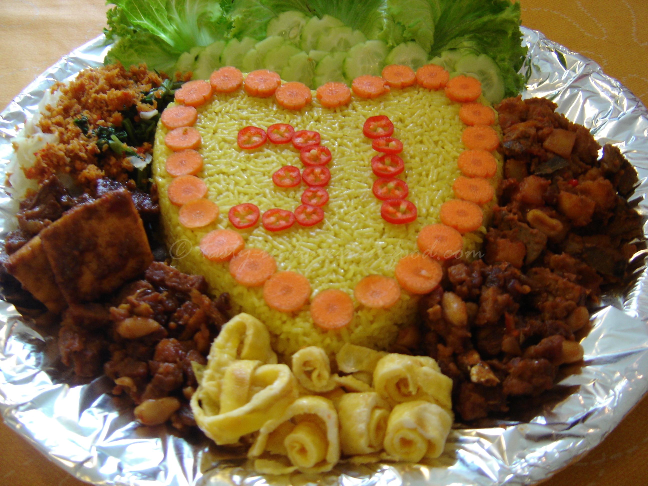 Tasty indonesian food nasi kuning nasi kuning forumfinder Gallery