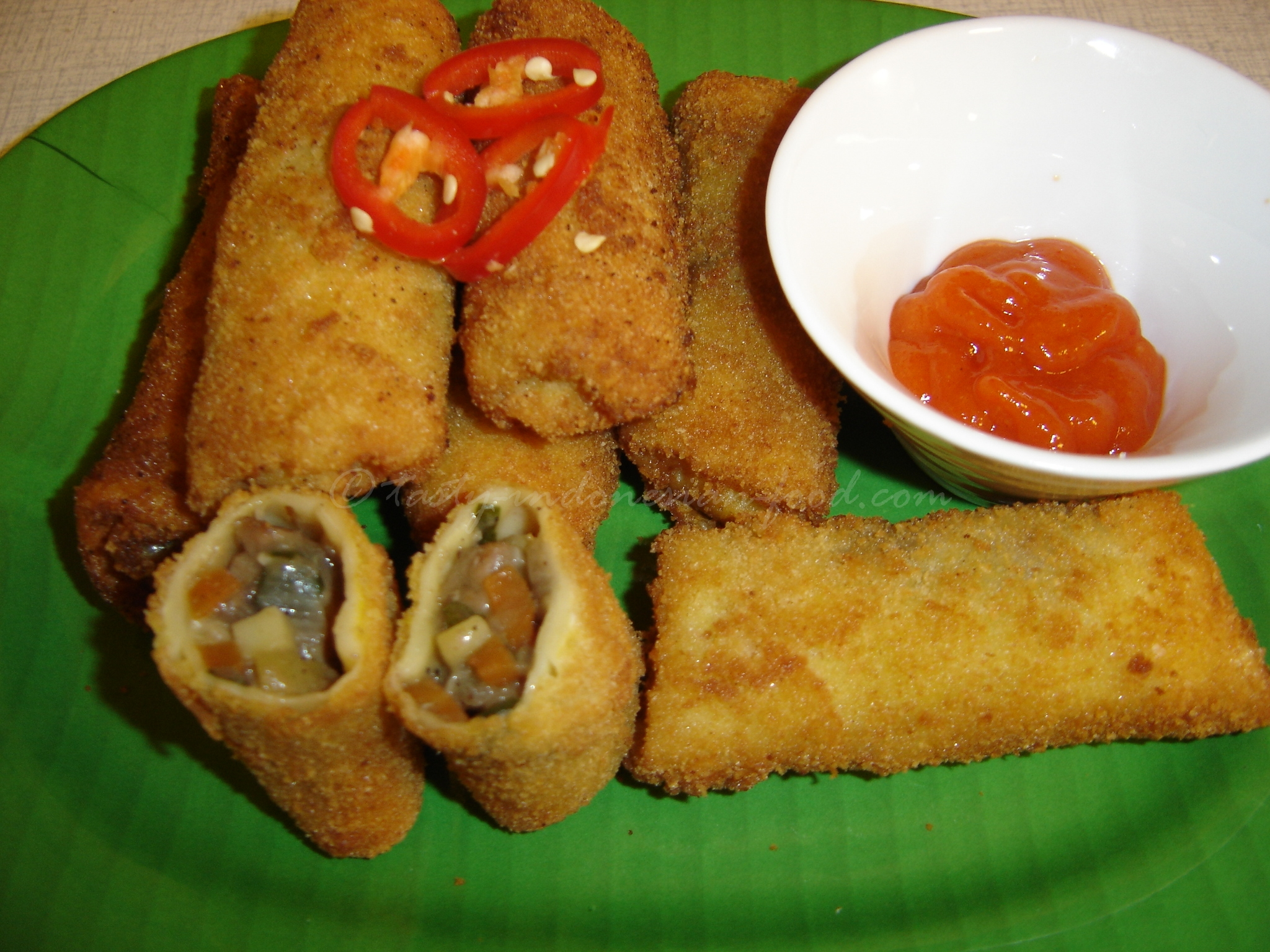 tasty indonesian food risoles